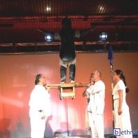 2002-02-13_-_Theaterauffuehrung_Gilgamesch_Muenchen-0019