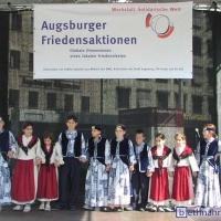 2003-07-19_-_Tanzauftritt_Augsburger_Friedensaktionen-0004