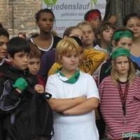 2005-07-22_-_Frieden_Beine_machen-0012