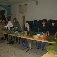 2007-11-28_-_Adventskranz-Frauengruppe-0002