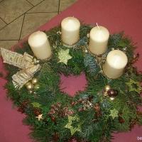 2007-11-28_-_Adventskranz-Frauengruppe-0025