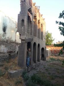 Sabo Akgül beim Naum Faik Haus